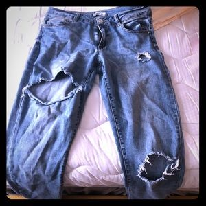 Refuge 7/8 ankle wripped skinny jeans!